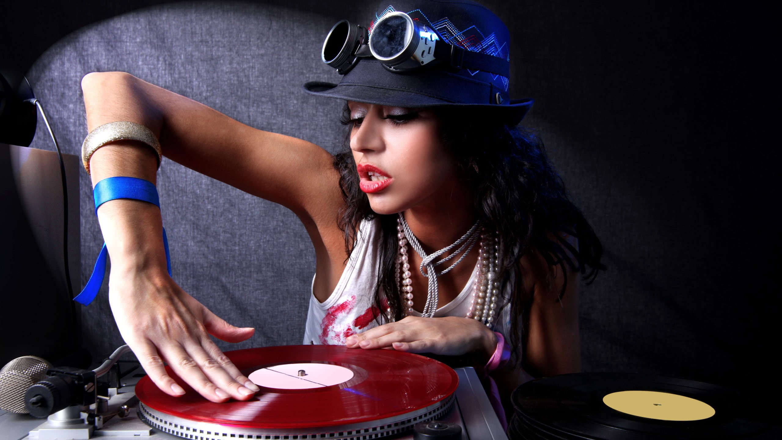 female dj wqhd 1440p wallpaper